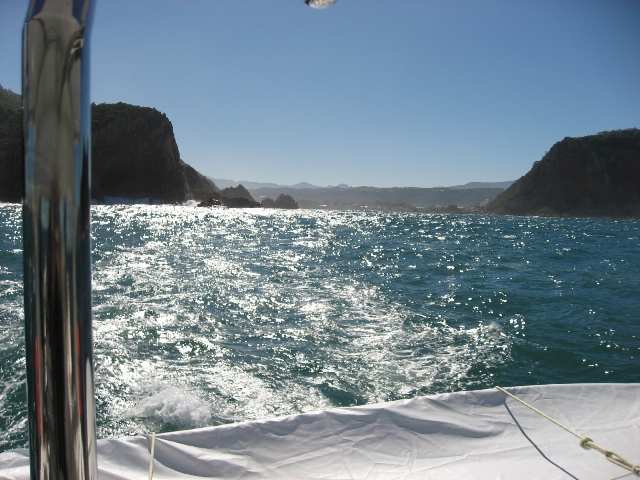 Through the Knysna heads